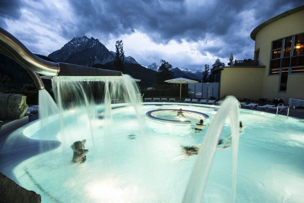 Baden mit der Familie in Graubünden - Bad Scoul