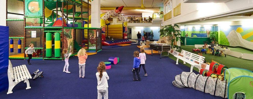 Indoorspielplatz Arosa - Bärenhöhle