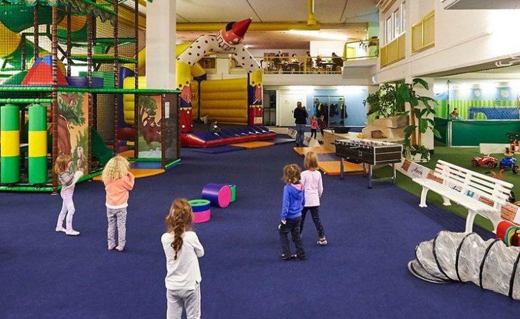 Indoorspielplatz Arosa – Bärenhöhle